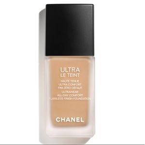 Chanel // Teint Ultra Foundation